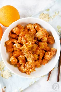 This Orange chicken tastes exactly like Panda Express! We love the sweet & spicy orange sauce and crispy chicken! Our family can eat it anytime we want now with this easy Orange Chicken dinner recipe! Orange Chicken Copycat Recipe, Paleo Orange Chicken, Panda Express Orange Chicken, Orange Chicken Sauce, Chinese Orange Chicken, Sauce For Chicken, Crispy Chicken, Chicken Recipes, Chinese Food