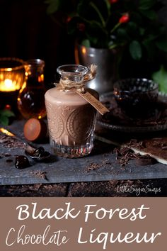 Homemade Black Forest Chocolate Liqueur is the ultimate winter tipple. It is easy to make & tastes decadent, rich, creamy & chocolatey, with a hint of cherries. Chocolate Cherry, Chocolate Flavors, Chocolate Recipes, Homemade Alcohol, Homemade Liquor, Homemade Liqueur Recipes, Kahlua Recipes, Triple Sec, Drinks Alcohol Recipes