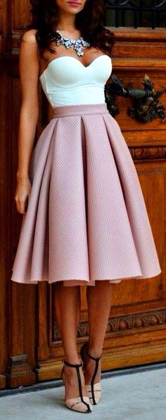 I need this skirt :( it's soooo beautiful