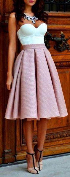 33 New ideas city brunch outfit classy Mode Outfits, Skirt Outfits, Dress Skirt, Dress Up, Tulip Skirt, Skirt Pleated, Midi Skirts, Waist Skirt, Cute Skirts