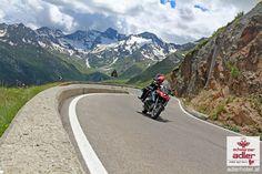 Motorradurlaub in Südtirol in Nauders am Stilfser Joch Country Roads, Mountains, Nature, Travel, Mountain Range, Paradise, Vacation, Naturaleza, Viajes