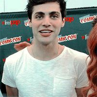 matthew daddario his coloring is just spot on