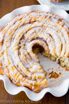 Giant Cinnamon Roll Cake - soft, fluffy, and extra large! Get the recipe at sallysbakingaddiction.com @Sally McWilliam [Sally's Baking Addiction]