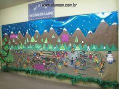 24 Ideias de Mural para Inverno - Educação Infantil - Aluno On Classroom Door Displays, Art Classroom, Winter Art, Winter Theme, Christmas Art, In Kindergarten, School Projects, Winter Wonderland, Wall Murals