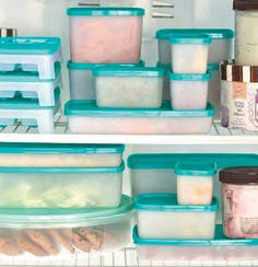 Soooo many reasons why I love Tupperware's freeze it collection ❄freeze anythi. by Your Tupperware lady Tupperware Organizing, Tupperware Storage, Tupperware Recipes, Freezer Organization, Kitchen Organisation, Organization Hacks, Freezer Burn, Freezer Meals, Fridge Organisers