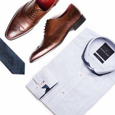 Dressing down doesn't mean you can't look sharp at the same time. It's all about finding the right balance.