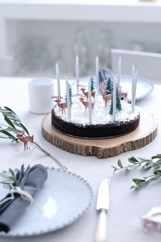 7 Christmas Cakes For Kids - Petit & Small