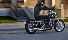Harley-Davidson - 2014 Street Bob (940×560)