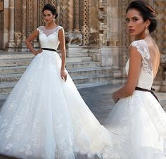 Find More Wedding Dresses Information about 2016 New Sexy Scoop Lace A Line Wedding Dresses With Appliques Backless Floor Length Plus Size Bridal Gowns Robe De Mariage W288,High Quality dress tailor,China dress cheongsam Suppliers, Cheap dress clock from Julia wedding dress co., LTD on Aliexpress.com