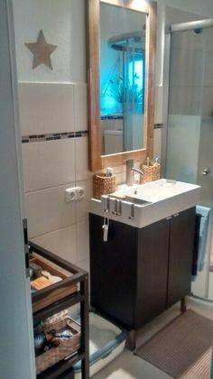 ber ideen zu waschtisch ikea auf pinterest waschtisch sch sseln und badezimmer. Black Bedroom Furniture Sets. Home Design Ideas