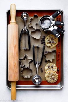 Here's a helpful guide for my 10 Best Cookie Baking Tools including the best cookie sheets, cookie scoops, cookie cutters, and more!