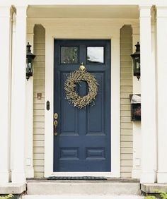 Front Door Paint Colors - Want a quick makeover? Paint your front door a different color. Here a pretty front door color ideas to improve your home's curb appeal and add more style! Porta Colonial, Colonial Front Door, Casa Petra, Tan House, Pintura Exterior, Painted Front Doors, Painted Exterior Doors, Front Door Colors, Exterior House Colors