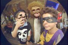 Comitê Revolucionário Ultra Jovem  Cruj,Cruj,Cruj, Tchau! ~1997 até 2001~