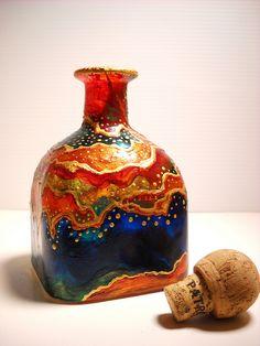 Art Decanter Hand Painted Glass Bottle Art on por SkySpiritStudios Painted Glass Bottles, Glass Bottle Crafts, Wine Bottle Art, Painted Wine Glasses, Bottle Vase, Bottles And Jars, Patron Bottles, Decorated Bottles, Tinting Glass