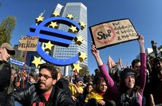 """Les manifestations 'Blockupy' contre """"la paupérisation générale et le déni des droits démocratiques à travers l""""Eurozone dansle cadre d'une crisesystémque mondiale"""" ont secoué le week-end dernier le centre névralgique de la finance européenne,Francfort."""