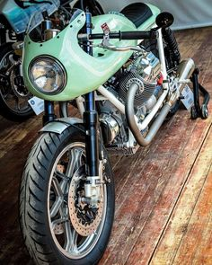 Vintage Motorcycles Classic Guzzis and others - Moto Guzzi Motorcycles, Vintage Motorcycles, Custom Motorcycles, Custom Bikes, Cafe Bike, Cafe Racer Motorcycle, Motorcycle Outfit, Suzuki Cafe Racer, Cafe Racers
