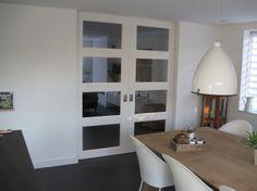 1000 images about keukendeuren on pinterest steel doors internal doors and met - Deco moderne ouderlijke kamer ...