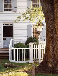 Garden Gates and Fences | Thinking Outside the Boxwood