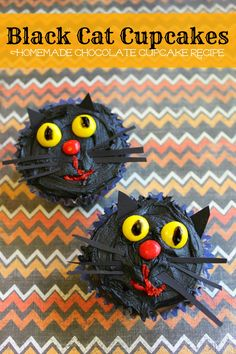 simple, sweet, spooky black cat cupcakes from www.crayonsandcollars.com