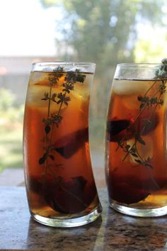 iced tea with plums and thyme recipe :: story of a kitchen Thyme Recipes, Tea Recipes, Tea Timer, Virgin Drinks, Infused Water, Slushies, Simple Syrup, Iced Tea, Teas