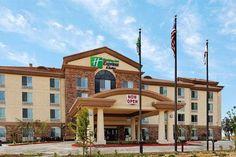 Dog friendly hotel in Herndon, CA - Holiday Inn Express Fresno Northwest - Herndon
