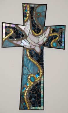 'Spirit Dove,' by Grace Gibson, a stunning, beautifully-designed mosaic cross Stained Glass Designs, Mosaic Designs, Mosaic Patterns, Stained Glass Art, Mosaic Crafts, Mosaic Projects, Mosaic Art, Mosaic Glass, Mosaic Crosses