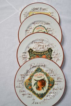 Williams Sonoma Rosanna Dessert Plate Set of 4 Fruit Crate Label Wall Decor Italy PanchosPorch Dessert Aux Fruits, Williams Sonoma, Vintage China, Service, Plate Sets, Label Design, Crates, Decorative Plates, Wall Decor