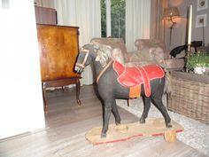 Antiek speelgoedpaard.Klein prijsje