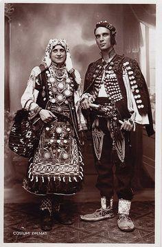 Serbian and Croatian folk costume from Dalmatia (Croatia) Greek Traditional Dress, Traditional Outfits, Folk Costume, Costumes, Middle East Culture, Dalmatia Croatia, Culture Clothing, Old Portraits, Ethnic Design