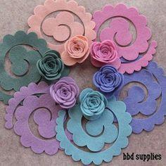 Confira 40 ideias lindas de flores de EVA de vários estilos com uma passo a passo para você aprender como colocar esse artesanato na sua vida!
