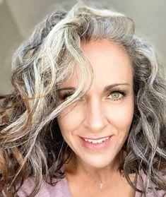 Gray Hair Growing Out, Grow Hair, Never Look Back, Sexy Older Women, Grow Out, Peek A Boos, Toe Nails, Hair Cuts, Dreadlocks