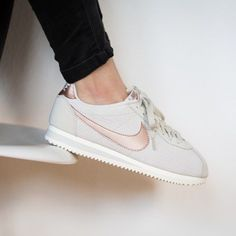 Trendy Sneakers 2017/ 2018 Sneakers women - Nike Cortez (©43einhalb) - Go to Source -