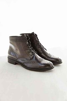 Vagabond Code Brogue Leather Boot