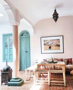 """Gefällt 2,088 Mal, 14 Kommentare - My Dear Morocco Blog (@mydearmorocco) auf Instagram: """" Riad Helen @riadhelen #riad #riadhelen #view #lamp #lantern #window #medina #marrakech #morocco…"""""""