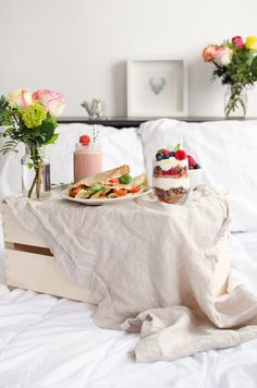 mother's day breakfast in bed Mothers Day Breakfast, Breakfast In Bed, Buckwheat Crepes, Granola, Parfait, A Food, Food Photography, Healthy Recipes, Healthy Food