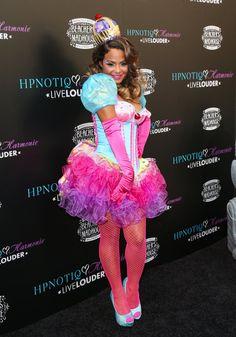 Pin for Later: Holt euch Inspiration für eure Karnevalskostüme – von den Stars! Christina Milian als Prinzessin