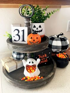 : Halloween Tiered Tray DIY Decor Free Printable - the love(d)welling Halloween House, Holidays Halloween, Halloween Crafts, Rustic Halloween, Halloween Foods, Halloween 2020, Halloween Stuff, Diy Halloween Decorations, Thanksgiving Decorations