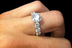 Our cultivated collection of unique and vintage diamond rings features the finest in engagement rings, wedding bands and fashion rings - Allurez.com