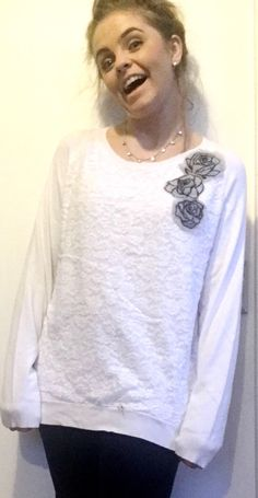 Knit Lace, Lace Knitting, Jumper, Fashion Beauty, T Shirts For Women, Group, Lifestyle, Trending Outfits, Hair Styles