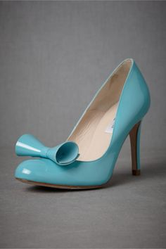 Your something blue! These aqua patent heels look like they came from a storybook!