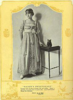 1918 Lady Duff Gordon design.