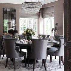 Sophie Paterson's House, Surrey September 2014 Classic Dining Room, Luxury Dining Room, Dining Room Design, Dining Area, Dining Rooms, Dining Room Inspiration, Home Decor Inspiration, Interior Exterior, Home Interior Design