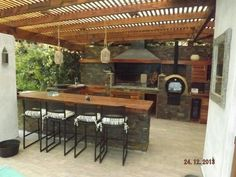 "Receive great suggestions on ""outdoor kitchen countertops grill area"". They are … Receive great suggestions on ""outdoor kitchen countertops grill area"". They are actually offered for you on our site. Outdoor Kitchen Countertops, Outdoor Kitchen Bars, Outdoor Kitchen Design, Kitchen Wood, Dirty Kitchen, Soapstone Countertops, Outdoor Kitchens, Pergola Patio, Backyard Patio"