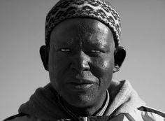 peddler of African art