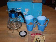 Pyrex Turquoise Starburst Mugs & Carafe new w/ box