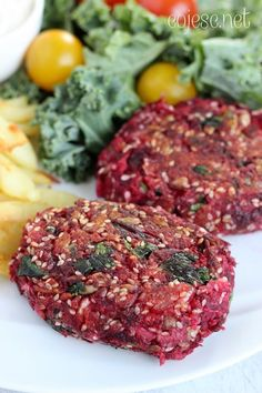Buraczane kotleciki, czyli najlepsze wege burgery pod słońcem | Zdrowe Przepisy Pauliny Styś Clean Eating Recipes, Healthy Eating, Cooking Recipes, Veggie Recipes, Vegetarian Recipes, Healthy Recipes, Vegan Dishes, Food Inspiration, Good Food