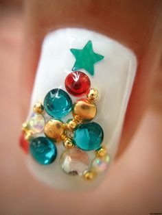 Top 50 Most Beautiful Christmas Nail Art Ideas For You To Try   Easyday