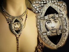 This unlikely deco necklace pairing is strikingly gorgeous.