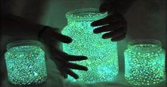 Noch ein tolles DIY Projekt mit einem Einweckglas, das für alle Spaß machen kann. Fang die Lichter der Feen in ein Glas ein und lass die Kinder, sich in einem Märchen
