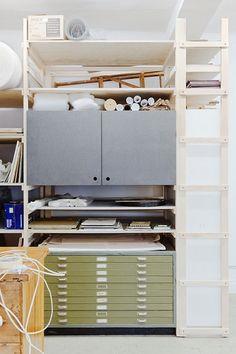 Studio Karin Mamma Andersson - Kristoffer Sundin (storage ideas for wall in workshop/studio) Interior Work, Interior Architecture, Interior Design, Workshop Studio, Studio Setup, Dream Studio, Home Studio, Workspace Design, Home Office Design